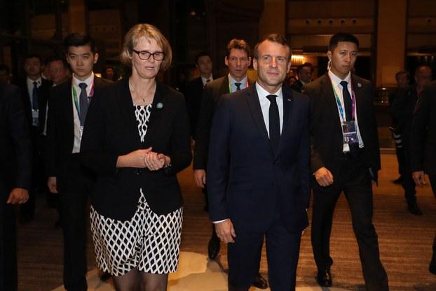 2019年11月4日,法国总统马克龙到达中国上海,开始对中国第二次国事访问。(法新社)