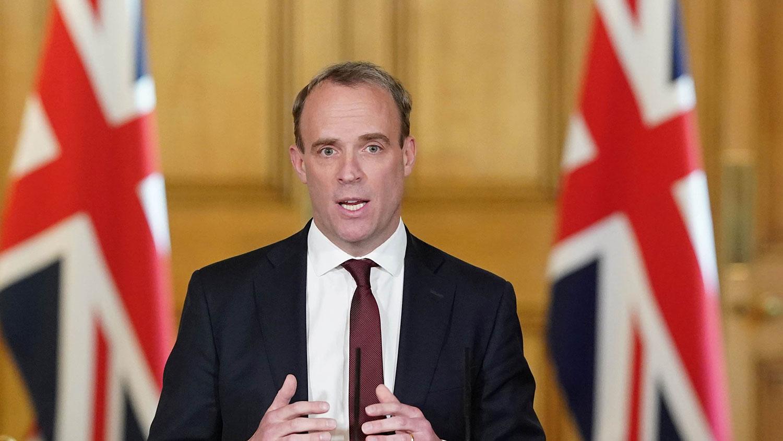 """英国外交大臣拉布(Dominic Raab)将主导代号为""""防御计划""""的方案,包括确认英国对潜在敌对外国政府的主要经济弱点,提出针对国家安全更广泛的新作法。(路透社资料图片)"""