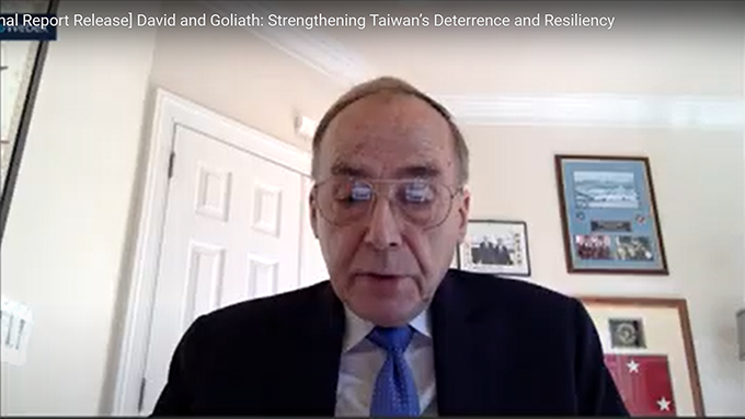 美国国防部前亚太安全事务助理部长格雷格森中将指出,中国军事能力迅速扩张,身处第一线的台湾须整合军事能力,必要时进行重整,同时确保自己在海、空等领域占有优势。(视频截图)