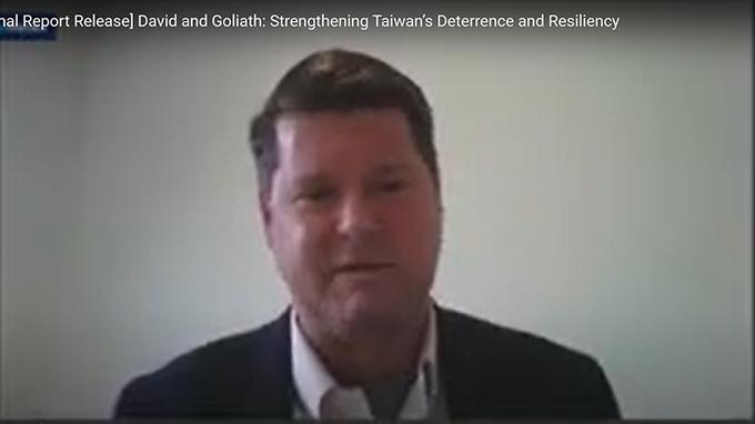 美国国防部前助理部长薛瑞福直言,中国抱持着与台湾和平统一的假想。(视频截图)