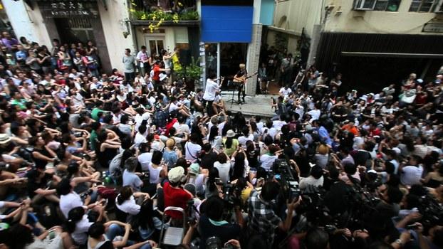 """何韵诗""""有种音乐会""""抗中共强权, 三千港人支持。(陈槃摄影)"""