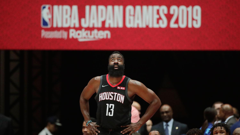 2019年10月8日在日本NBA季前篮球比赛中的火箭队球星詹姆斯·哈登(James Harden)(美联社)