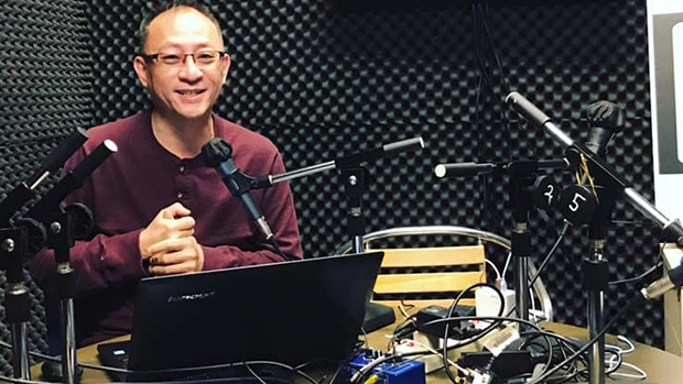 香港网台主持人杰斯(原名尹耀升)。(网络图片)