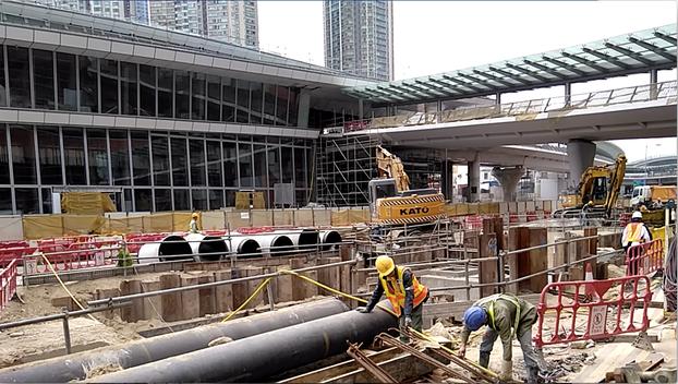"""香港大律师公会质疑全国人大常委会通过高铁西九龙站(图)""""一地两检""""安排,认为对""""基本法""""完整性造成无可弥补的侵害。(高锋摄)"""