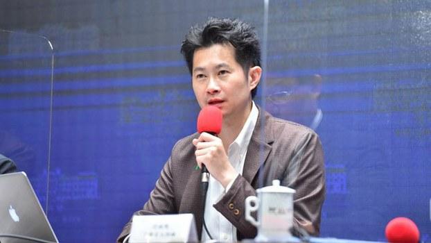 行政院发言人丁怡铭指台湾要在世界变局抢得先机。(行政院提供)