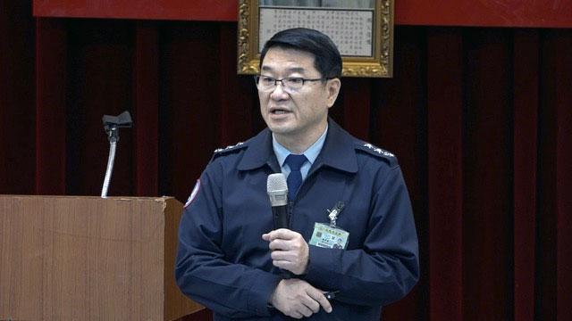 国军空军司令熊厚基说明黑鹰直升机坠毁事件。(记者 陈明忠摄)