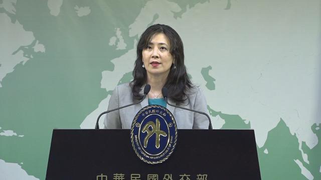在台湾的外交部发言人欧江安13日主持例行记者会。(记者 黄春梅摄)