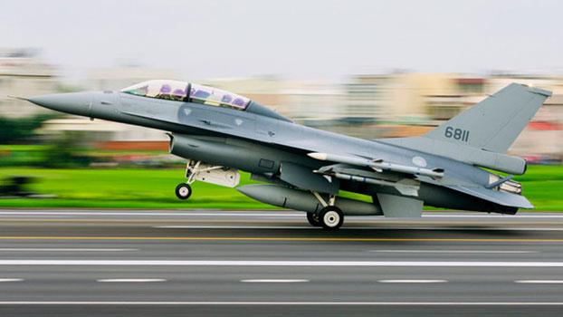 国军空军16-V战机性能提升后首次加入演训。(资料照/AP)