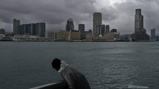 据全球最大旅外人士网站InterNations最新调查,香港在全球最适宜外籍人士居住地的排名中急速下跌,成为垫底城市之一。(美联社资料图片)