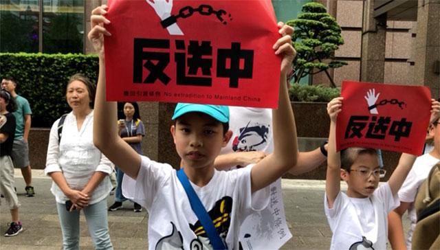 去年六月在台港人声援反送中。(资料照、记者夏小华摄)
