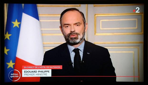 2020年3月17日,法国总理菲力普(Edouard Philippe)表示,如果英国取代采取与法国同样严厉的封锁措施来对抗疫情,法国可能不让英国旅客入境。(法新社)