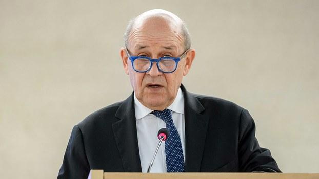 """法国外交部长勒德里昂( Jean-Yves Le Drian)表示,""""当中国爆发武汉疫情危机时,我们送去了防护物资,向中国政府表达团结连带之情。如今中国正开始走出困难局面,并向我们回馈支持。"""" (法新社)"""