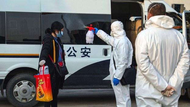 随着疫情持续,北京担心出现民心思变局面,中国公安部召开疫情防控和维护国家政治安全社会稳定工作会议,强调在关键时刻,公安机关要坚决听从习近平指挥。(资料图/美联社)
