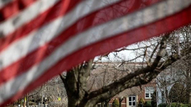 美国罗德岛州的一所学校因新冠病毒爆发自2020年3月2日起停课。(美联社)