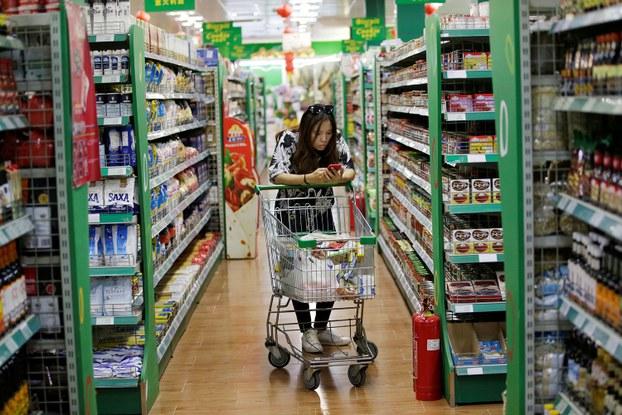 2018年6月29日,中国北京一家婕妮璐超市内食品。(路透社)