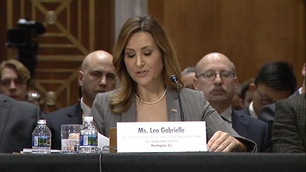 美国官员加布里埃拉(Lea Gabrielle)在3月5日的国会听证会上抨击俄罗斯散播虚假疫情信息,以及中国政府掩饰真实数据,危及全球公共卫生安全。(视频截图)