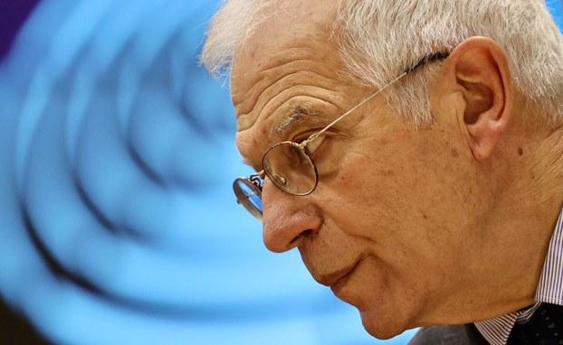 """欧盟外交与安全政策高级代表博雷利(Josep Borrell)23日与中国外长王毅通电话,表达对香港最近事态發展的关注,并重申欧盟立场,强调了中国在""""一国两制""""原则下尊重香港高度自治的重要性。(美联社资料图片)"""