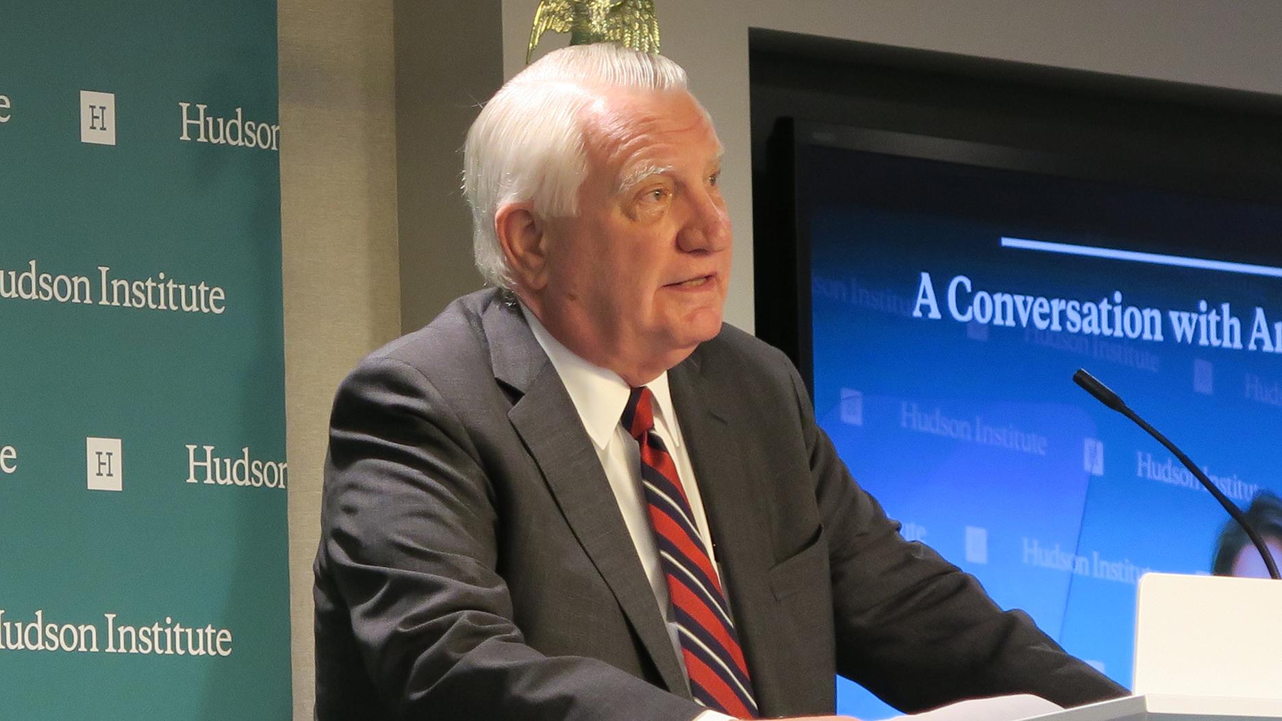小布什政府时代的前白宫官员、哈德逊研究所政治研究中心主任约翰·沃尔特斯(John Walters)。 (自由亚洲电台记者唐家婕华盛顿摄)