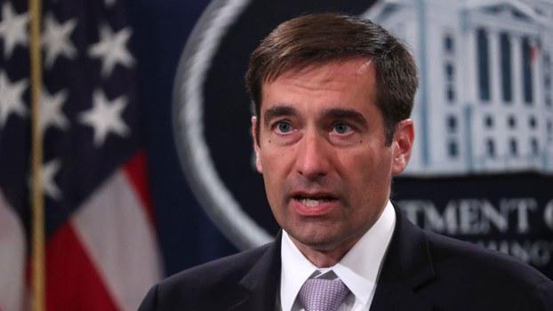 """美国司法部助理部长德默斯(John Demers)在报告中特别提到2018年起诉联电与福建晋华共谋窃取美国半导体公司美光技术的案子,他称这是中国""""抢劫、复制、替代""""的战略。(路透社)"""