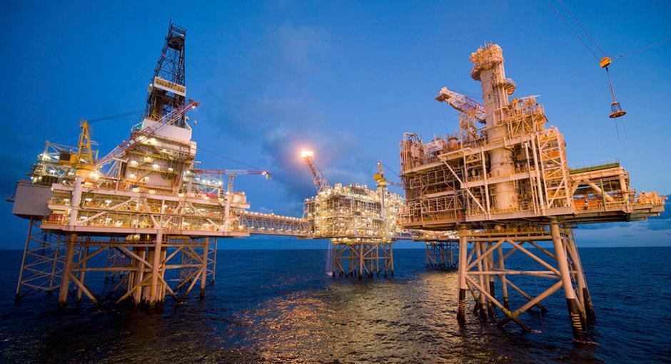 中国国营企业中海油曾在2011年并购加拿大尼克森石油公司,2018年中国中交建则企图并购加拿大爱康建筑集团(Aecon)。(路透社)