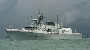 """加拿大海军""""渥太华""""号护卫舰(HMCS Ottawa)。(资料图/法新社)"""