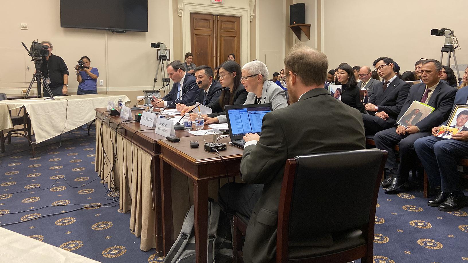 美国会听证会:中国特色的威权主义,四位证人出席。(王允摄影)