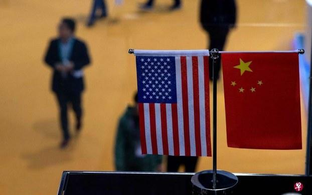 美中两国国旗(路透社)