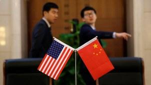 中国外交部部长王毅本周三(日)接受新华社专访时说美中要重启对话,应该拒绝脱钩。(美联社资料图片)