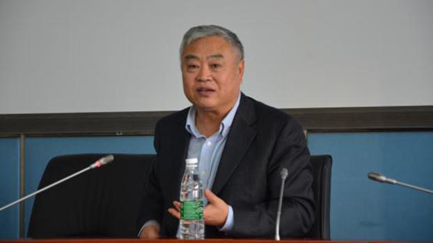 沈志华教授(华东师范大学历史学系官网)