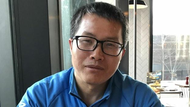 """曾任职党校刊物""""学习时报""""副编审的邓聿文(推特图片)"""