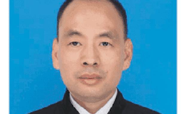 中国维权律师卢思位(维权网)