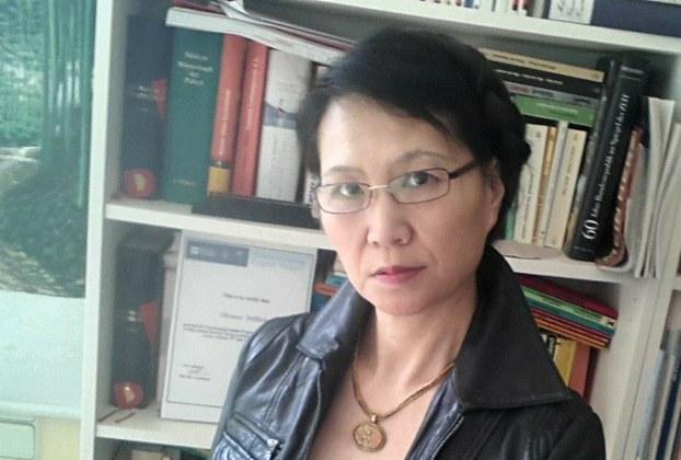 积极从事联合国难民及儿童人道援助活动的华裔女企业家张威廉女士。(取自张威廉脸书)