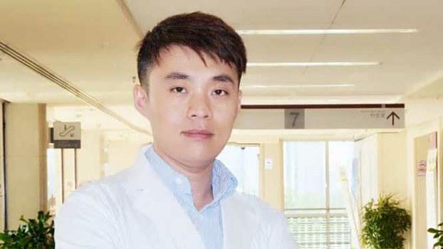 北京朝阳医院眼科主任医师陶勇。(Public Domain)