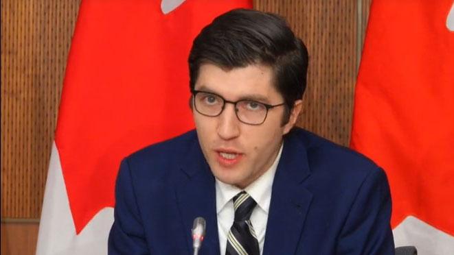 加内特·吉努斯(Garnett Genuis)在众议院提出私人法案,呼吁渥太华建立专责机构处理外国政府干预问题。 (网络截图)