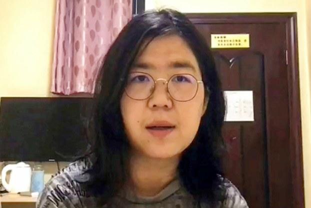 张展在武汉采访新冠疫情,并将视频发到网上。(视频截图)