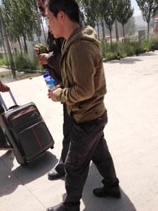 图片:7月29号从西宁监狱获释的泽库县藏人旦真次仁。(受访人提供)