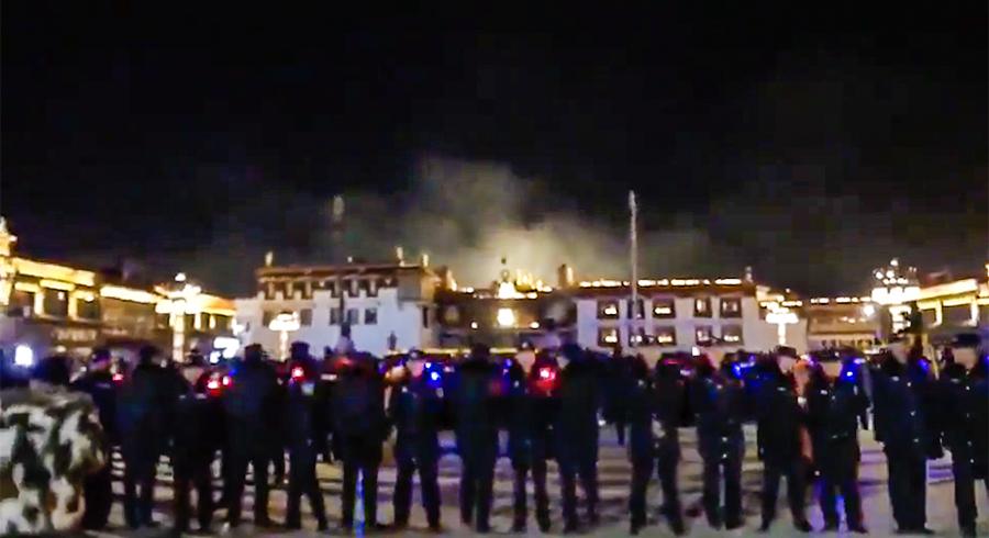 """西藏首府拉萨""""燃灯节""""被严控场景 (受访人独家提供)"""