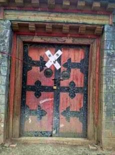 图片:中国当局于12月26日关闭比如县仲那寺。(受访人提供)