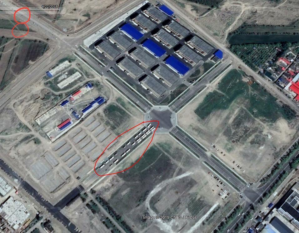 伊犁境内再教育营卫星图片。(志愿者提供)