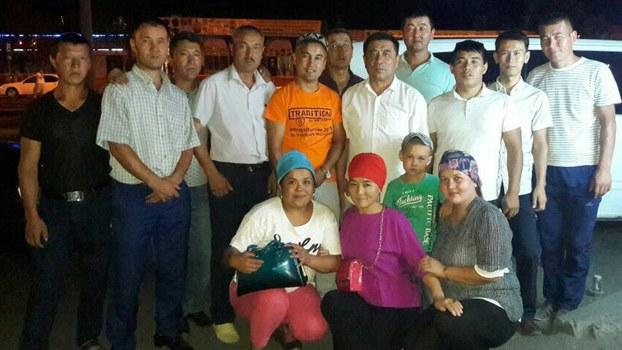 新疆哈萨克族人在哈萨克斯坦。(哈萨克人提供)