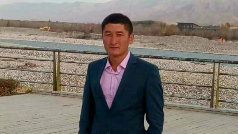 哈萨克族卡米努尔.沙特瓦力德。(志愿者提供/记者乔龙)