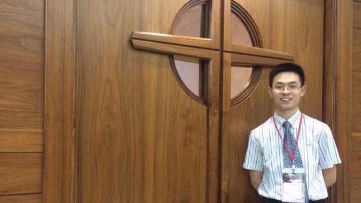秋雨圣约归正教会执事覃德富。(对华援助协会)