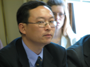 图片:2006年5月余杰在劳改基金会举办的研讨会上(RFA)