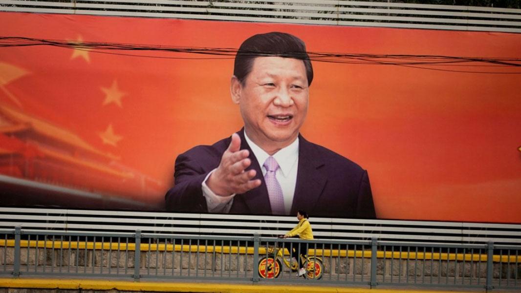 """""""推动全民道德素质""""的总体要求,是要以习近平新时代中国特色社会主义思想为指导,在6项坚持中,坚持马克思主义道德观、社会主义道德观排在首位。(资料图/路透社)"""
