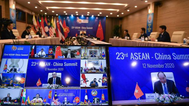RCEP若生效将冲击台湾高关税产品,对中国则有利于在亚洲寻找新市场。(法新社)
