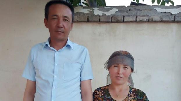 巴哈特阿力·努尔被送入教培中心前与妻子合影,当时身体健康情况良好。(巴哈特阿力·如札提供)