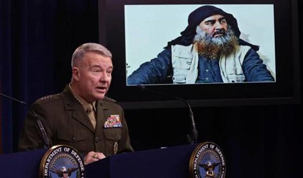 美国中央司令部司令麦肯齐(Kenneth McKenzie)表示,美国将在叙利亚东部留守500名美军,继续追击伊斯兰国的残余势力。上图右是伊斯兰国领导人巴格达迪上月底被美军猎杀身亡。(Getty Images)