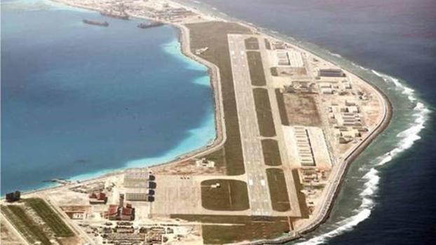 中国在南沙填海造陆的战略目的,主要是掌握南海航行自主权。图为美济岛,是南沙最大人工岛,有3,000米机场跑道。(Global Nation)