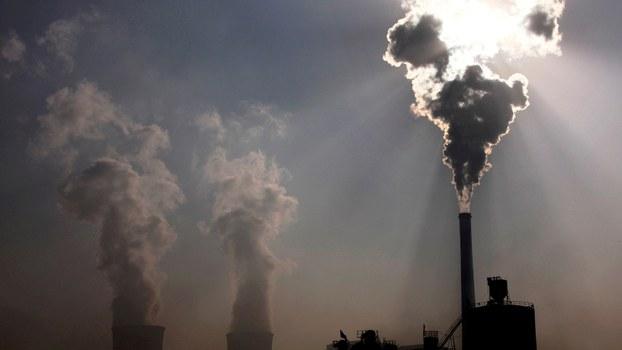中国承诺2060年达到碳中和目标,身为煤炭最大国,势必面临革命式减排挑战。(美联社)