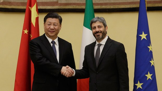 2019年3月22日,习近平在罗马会见意大利众议长菲科。(美联社)